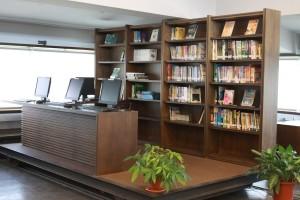 彰化高中圖書館