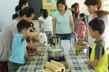 透過「豆腐的滋味」活動,裡山塾與民眾一起了解基因改造議題!